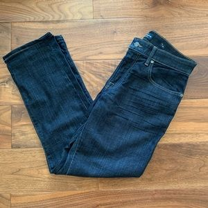 Lucky brand 221 straight jeans in size 33x30